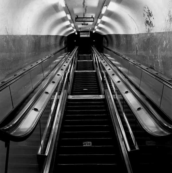 8. Stairway and Escalators, Grand Central Station, IRT-Flushing Line.jpg