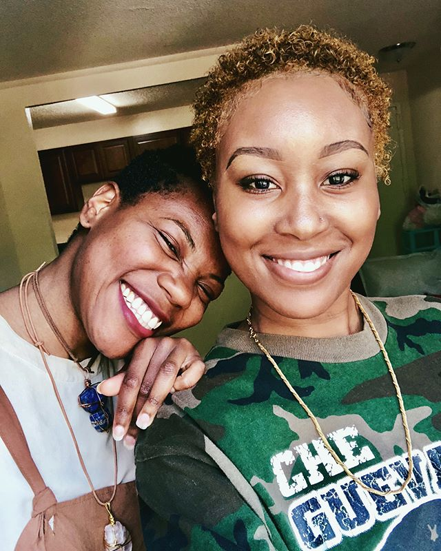 Sis u think we can pass as twins now? #shorthairdontcare #bigchop
