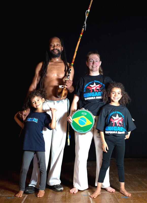 Try Capoeira: Vamos Jogar! (Let's Play!) blog