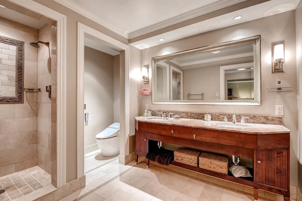 1891 Curtis Street 1707 Denver-large-018-26-Master Bathroom-1500x1000-72dpi.jpg