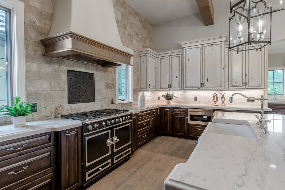 1202 Wildcat Bend Court-print-017-21-Kitchen-4200x2800-300dpi.jpg