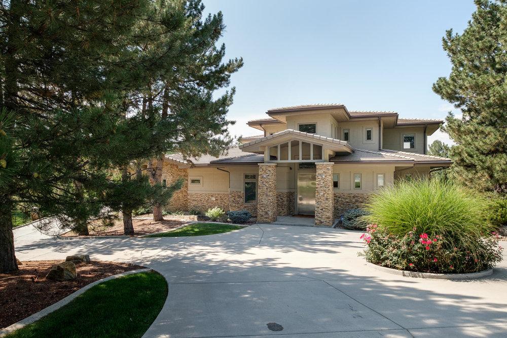 5425 Olive Street-MLS_Size-001-3-Exterior Front-1800x1200-72dpi.jpg