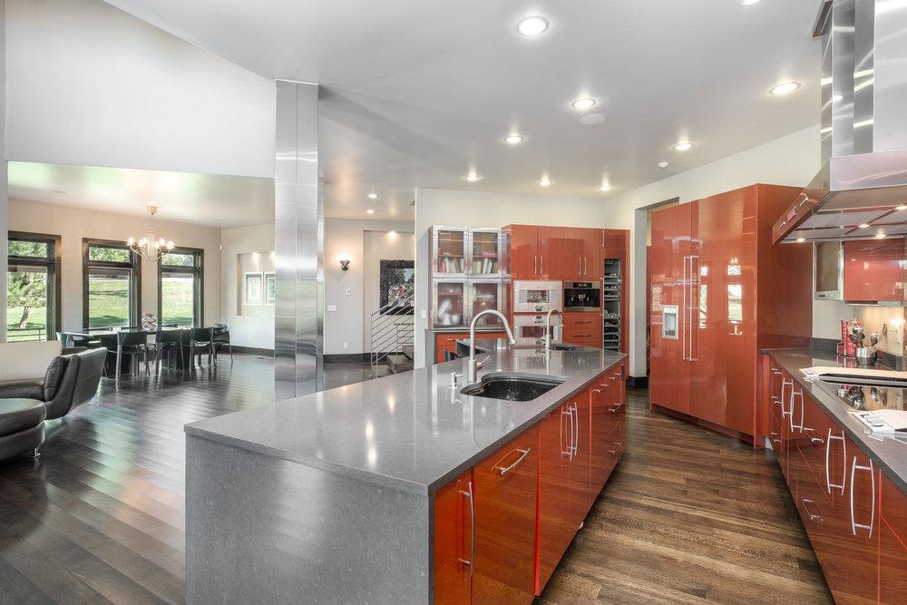 5425 Olive Street-MLS_Size-012-22-Kitchen-1800x1200-72dpi.jpg