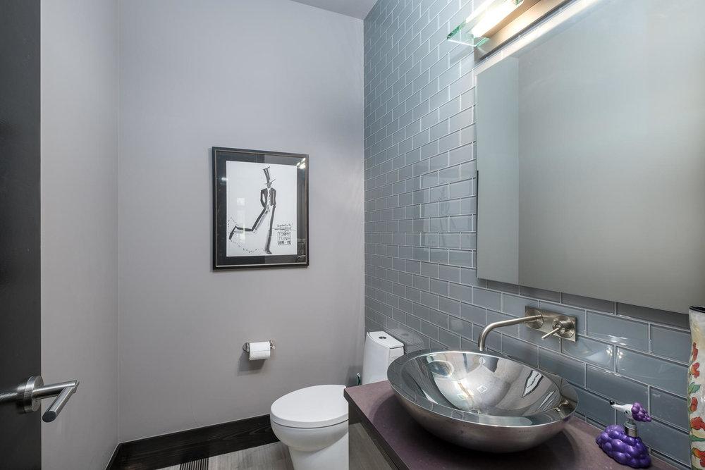 5425 Olive Street-MLS_Size-014-7-Powder Room-1800x1200-72dpi.jpg