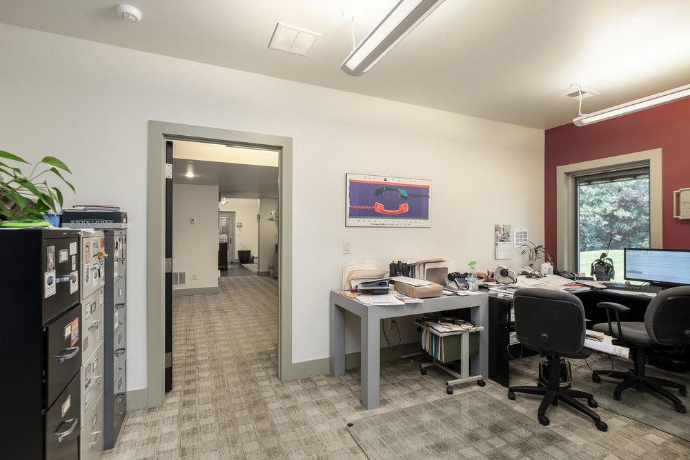 5425 Olive Street-MLS_Size-029-32-Office-1800x1200-72dpi.jpg