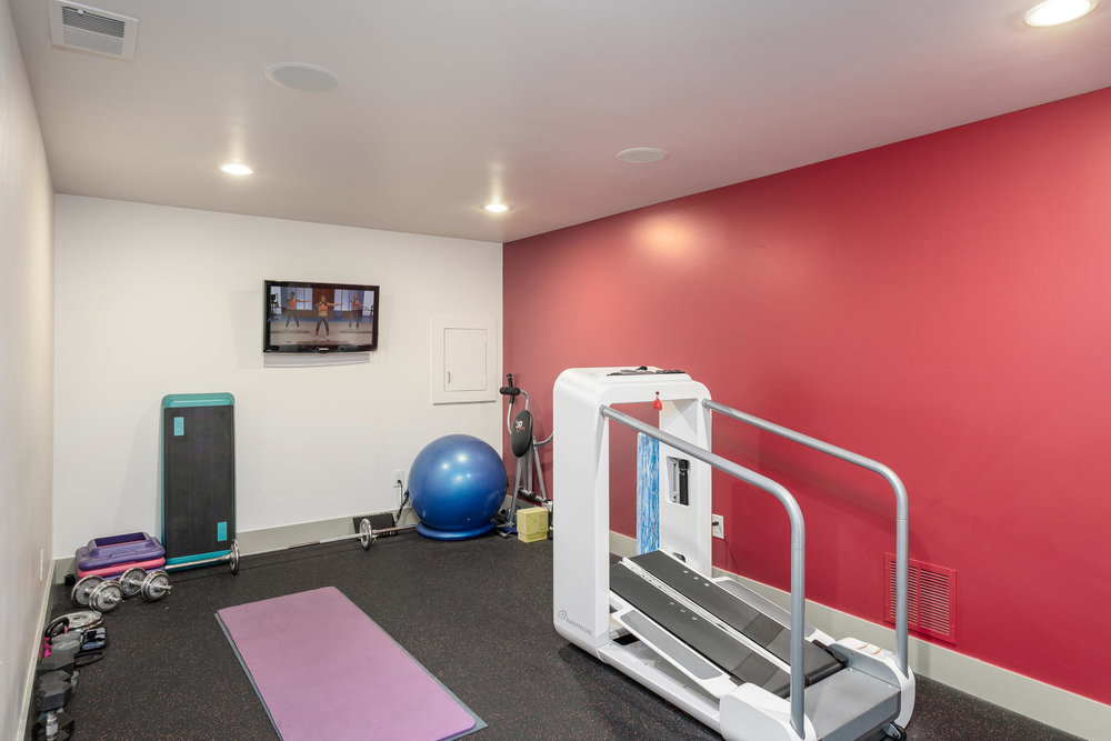 5425 Olive Street-MLS_Size-032-5-Exercise Room-1800x1200-72dpi.jpg