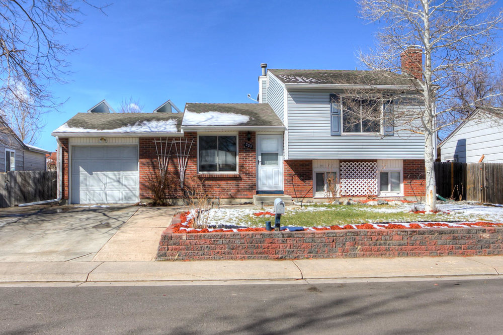 SOLD - 223 Madison Dr. Bennett, CO 80102