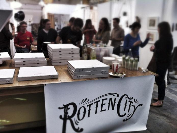 artist-pizza-social-east-bay-oakland-daniel-rolnik-boxes-za.jpg