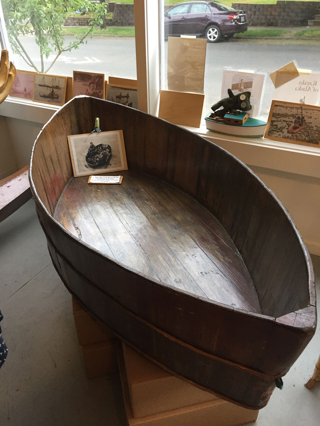 lincoln-street-kayak-and-canoe-museum-chinese-bathtub.jpg