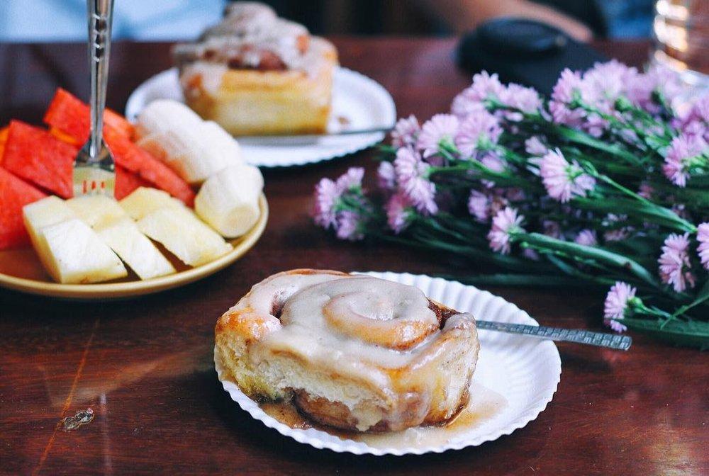 vegan, chiang mai, thailand, pastries, cinnamon bun, dessert