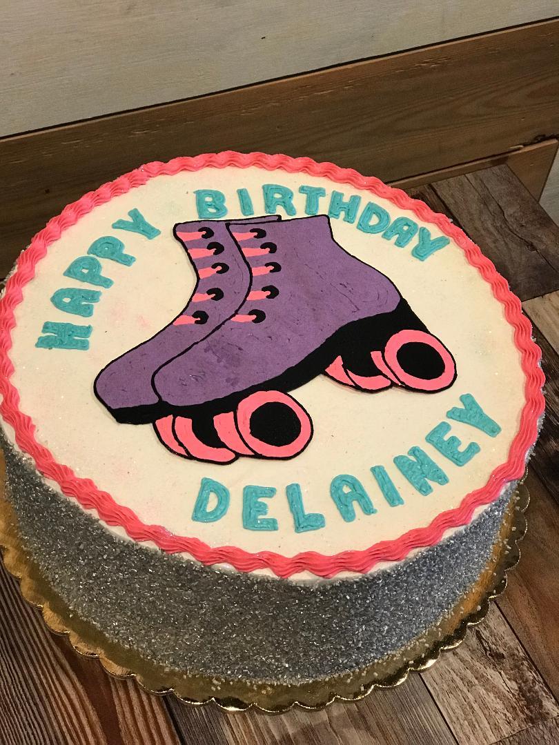 rollerskate cake.jpg