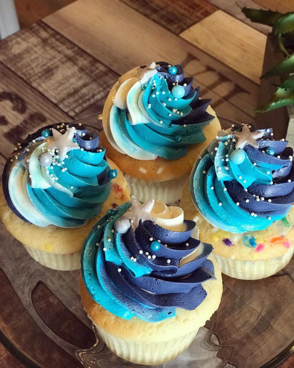 galaxy cupcakes.jpg
