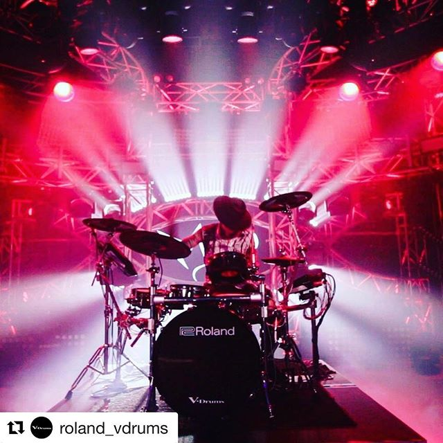 #Repost @roland_vdrums ・・・ @madinthehatdrums takes center stage with his Roland TD-50 setup. Shoutout to @dlt.lighting for the backdrop 🙌 . #TD50 #MadintheHat #MitH #djdrummer #roland #vdrums #dancemusic #drummerlife #dj #housemusic #drumstagram #instadrummer #rave #edmfamily #electronicmusic