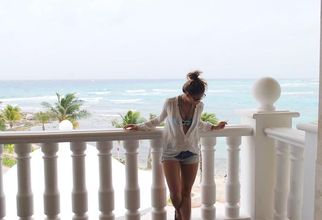 balconyblue_03