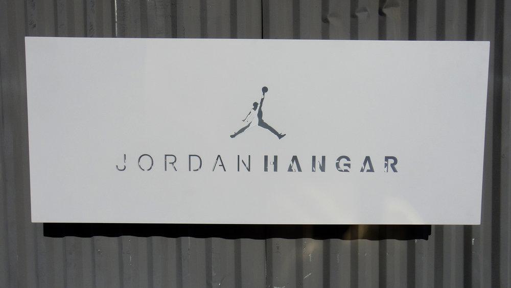 Jordan_Hangar_02.jpg
