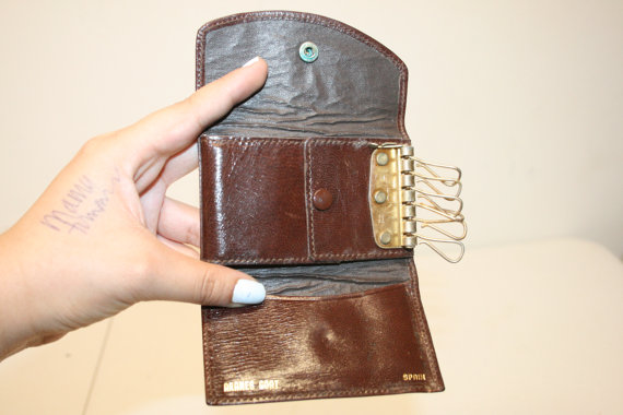 Leather Key Pouch from ANewDayVintage on Etsy. Not my hand.