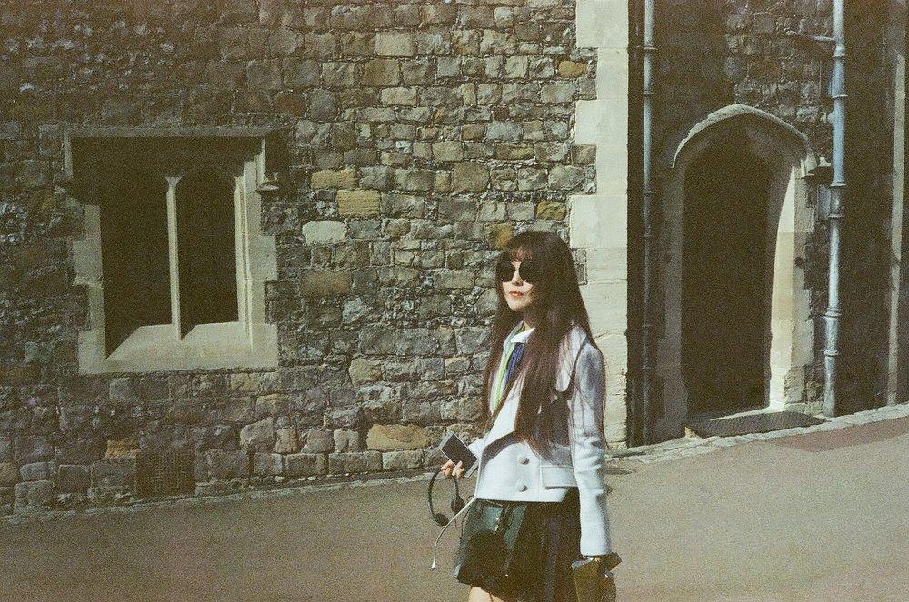London Look  (40mm, Kodak CineStill)