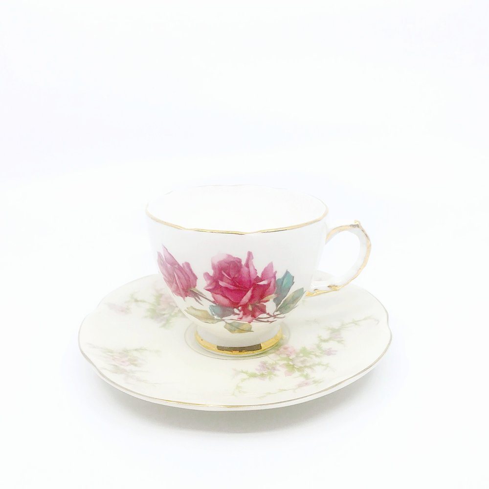 VINTAGE | Teacup & Saucer Collection