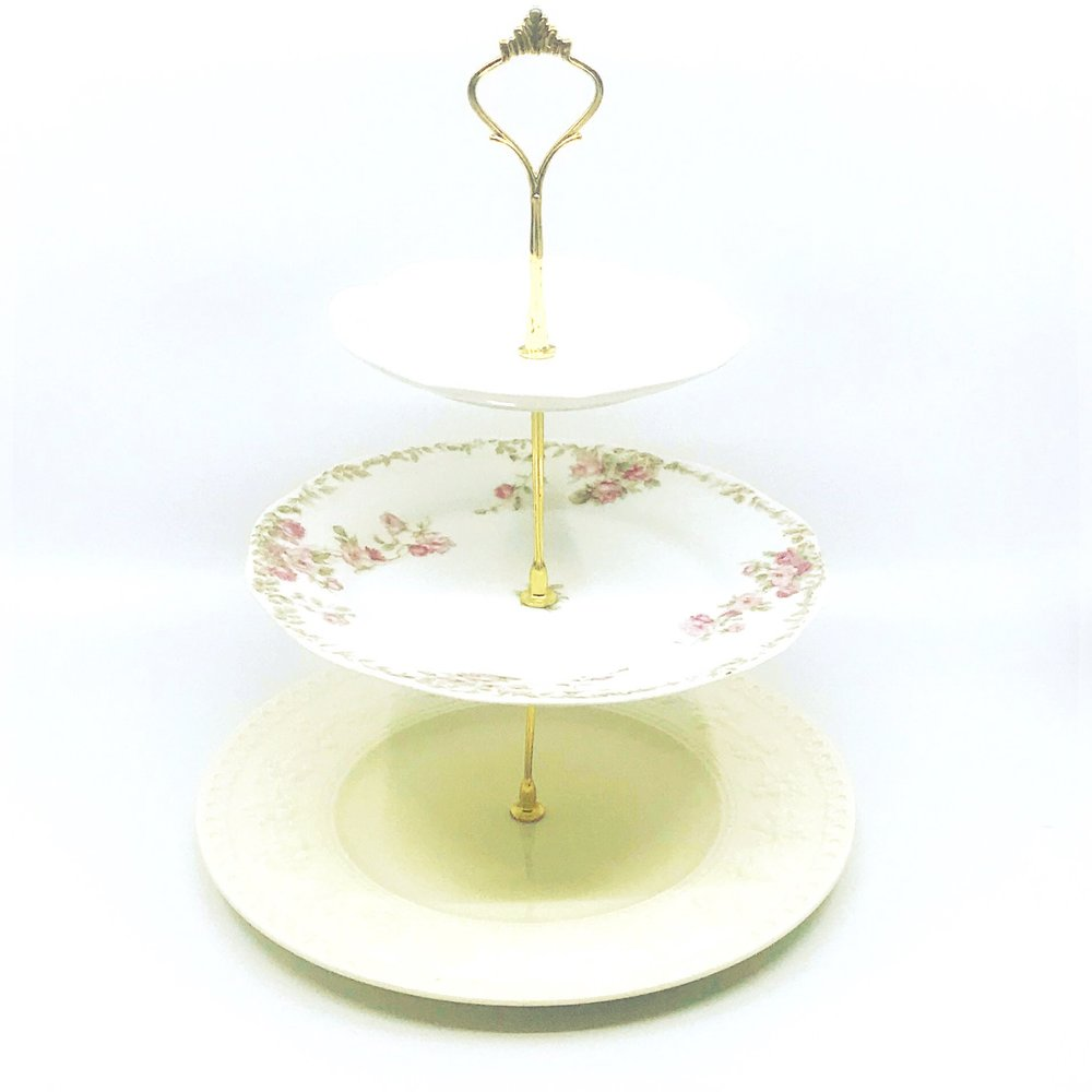 VINTAGE | 3-Tiered China Serving Display