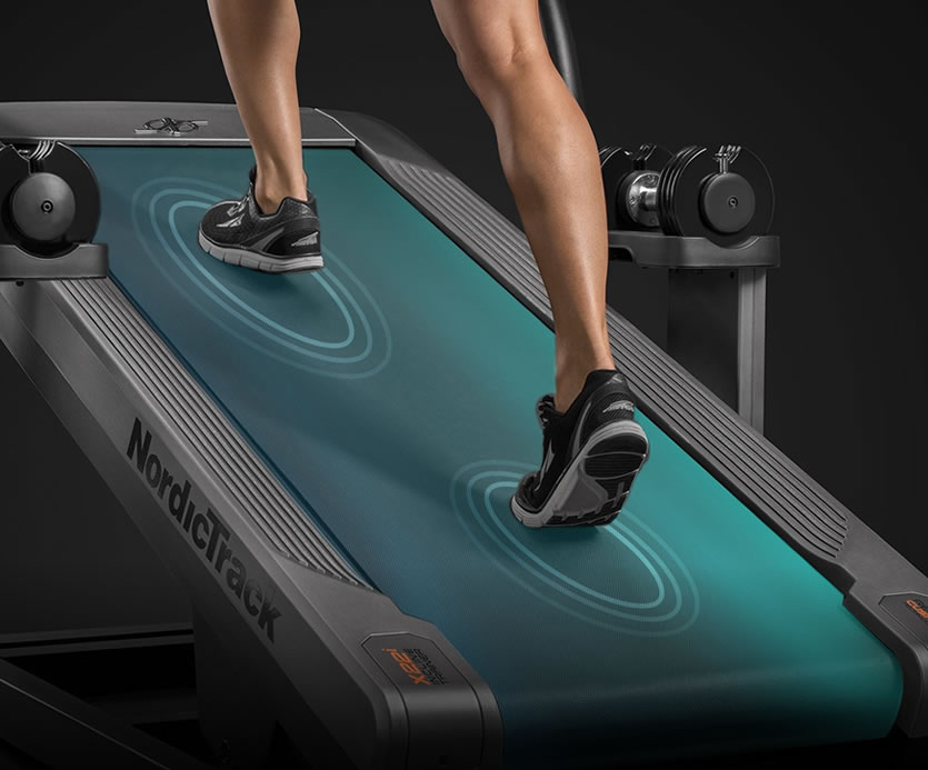 THE X22i HAS A COMFORTABLE DECK TO PROTECT YOUR KNEES, BACK AND JOINTS WITH GEL SENSORS