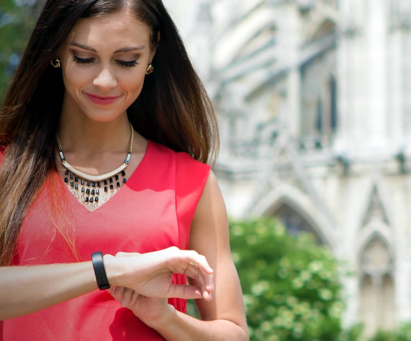 The iFit Vue wearable can track your steps, calories, workouts and sleep