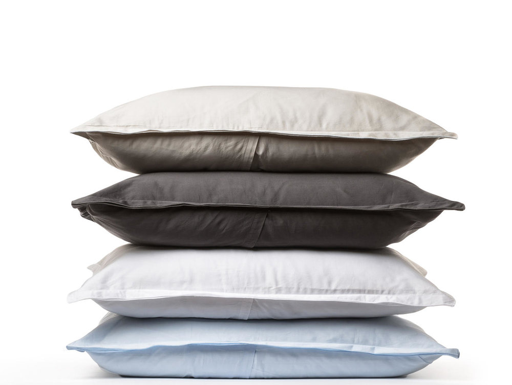 tHE PILLOW CASES HAVE AN EVENLOPE CLOSURE ON THE BACK FOR A STYLED LOOK. THE AVAILABLE COLORS ARE SAND, SLATE, WHTE, POWDER AND NAVY.
