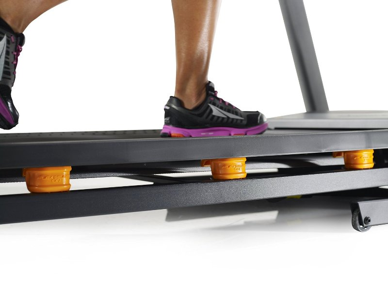 THE NORDICTRACK C990 HAS  FLEX SELECT CUSHION  TO PROTECT YOUR KNEES & BACK