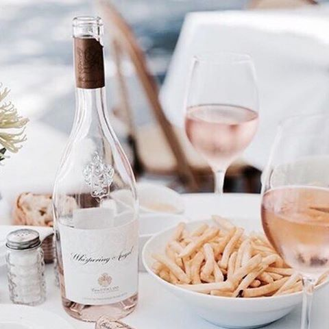 FRENCH FRIES WITH YOUR ROSÉ