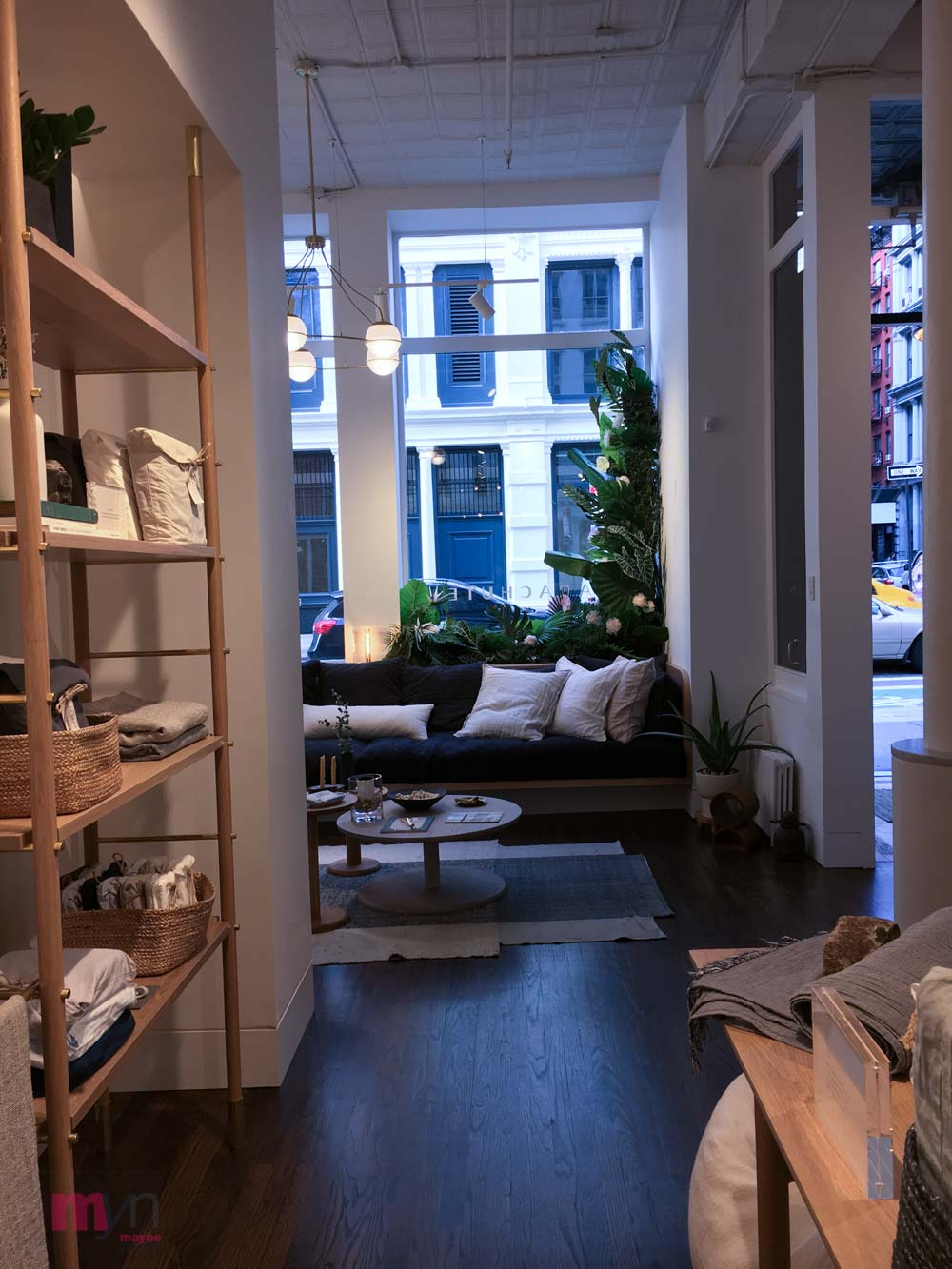PARACHUTE NYC  INVITES YOU INTO A COZY, AIRY, OPEN SPACE SOHO STORE FILLED WITH SHEETS, BATH LINENS & HOME DÈCOR ACCESSORIES