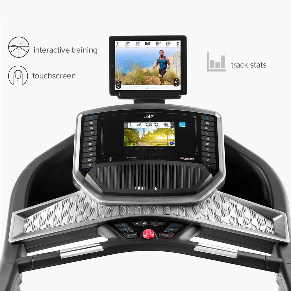 Both the HD touchscreen and console have onetouch buttons for quick adjustment