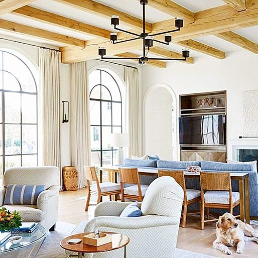Talk about appealing ceilings! These beams are calling our name. We can't wait to do a project soon with some amazing craftsmanship overhead. Thanks for sharing the inspo @dhome! #bespokebeams #dallashomebuilder #detailsmatter #lookup