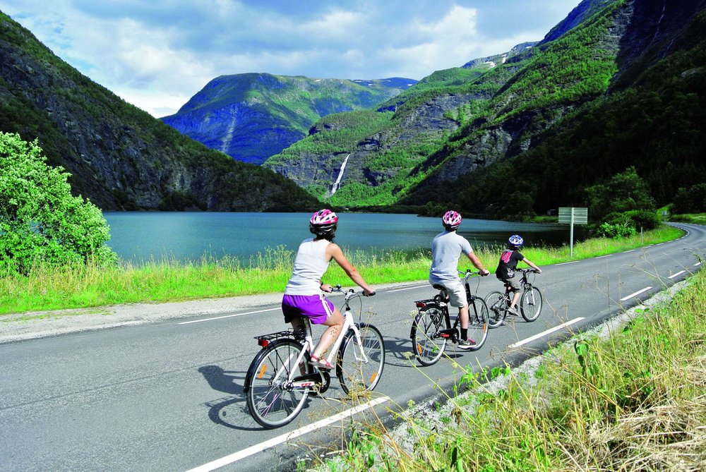 Skjolden Bicycle, Stand Up Paddle, Fishing - Sognefjordbrosjyren 2015.jpg