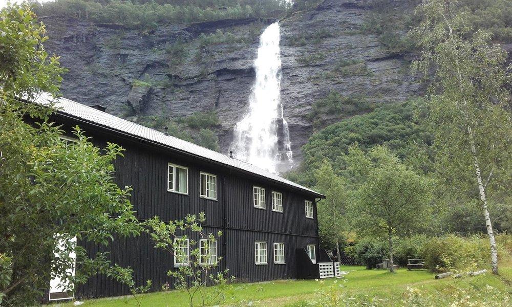 Vassbakken skjolden vandrerhjem sognefjorden3.jpg