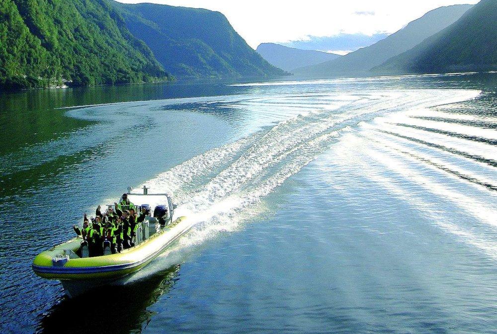 Fjord Adventure - Sognefjordbrosjyren2015.jpg