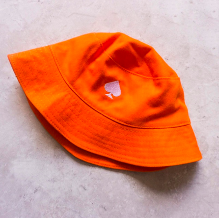 IV of Spades, Spades Logo Bucket Hat in Orange, P380