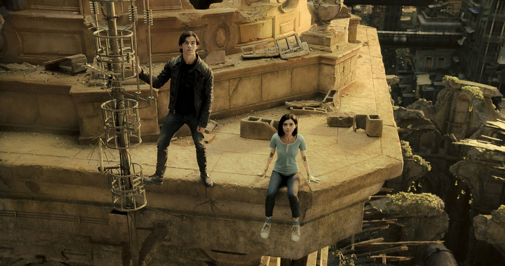 Keaan Johnson and Rosa Salazar as cyborg Alita.jpg