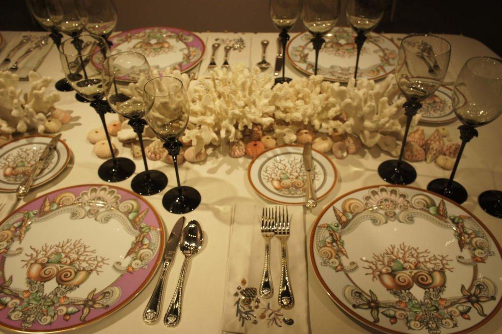 Versace stalo dekoravimas