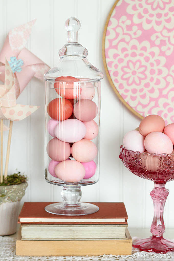 Rose-quartz-ombre-eggs.jpg