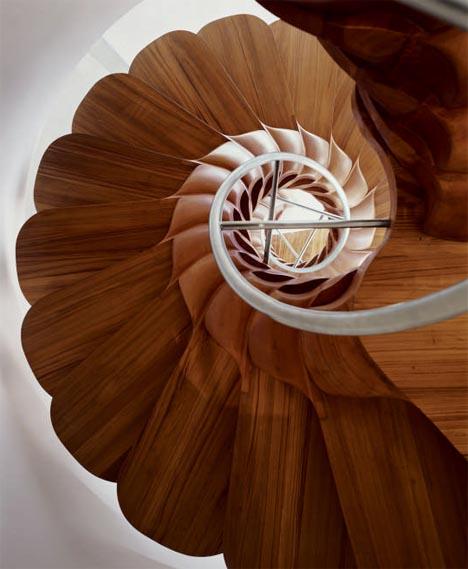 spiral-creative-unique-wood-stairs.jpg