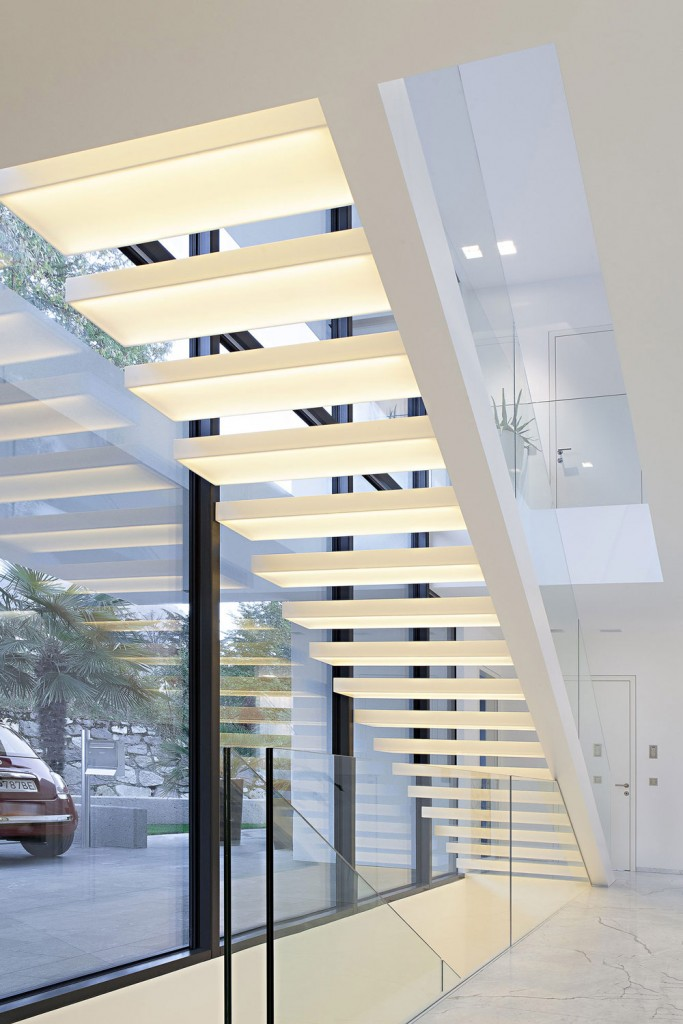 white-led-stair-lighting-for-cream-stairs-color-and-glass-railing.jpg