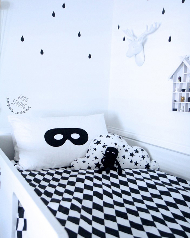 monochromatic-kids-room7.jpg