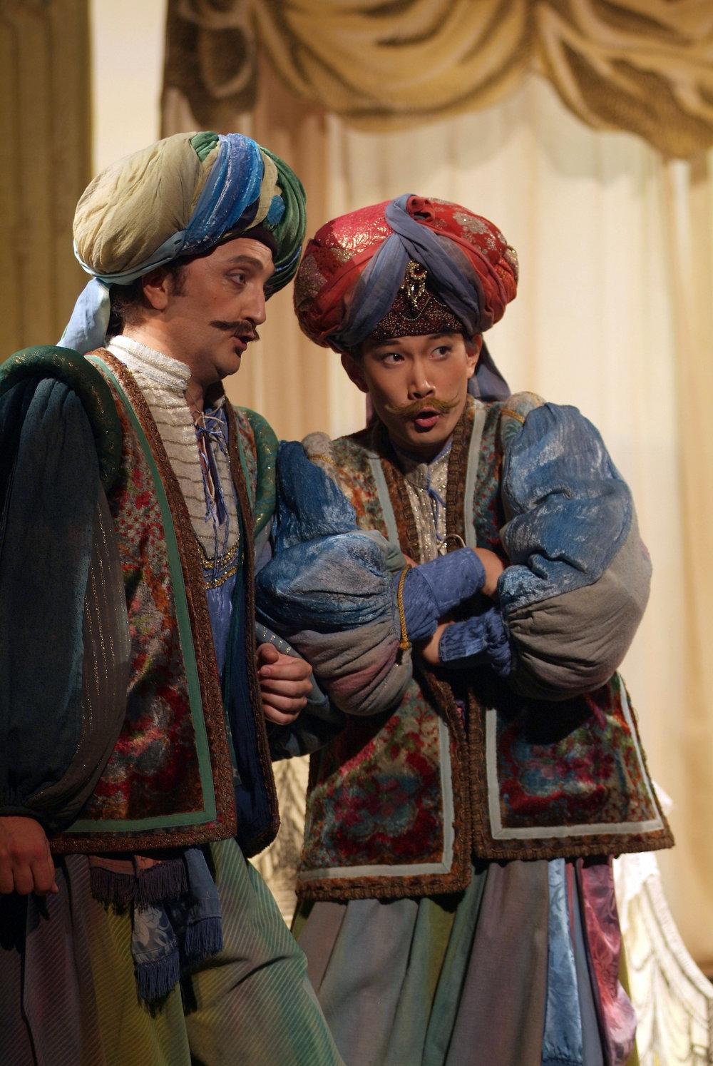 2007年10月意大利特雷维左市立歌剧院 莫扎特歌剧《女人心》(我在欧洲的歌剧处女秀)赢得第37届托蒂·达勒·蒙特国际声乐比赛后得到的演出合同.JPG