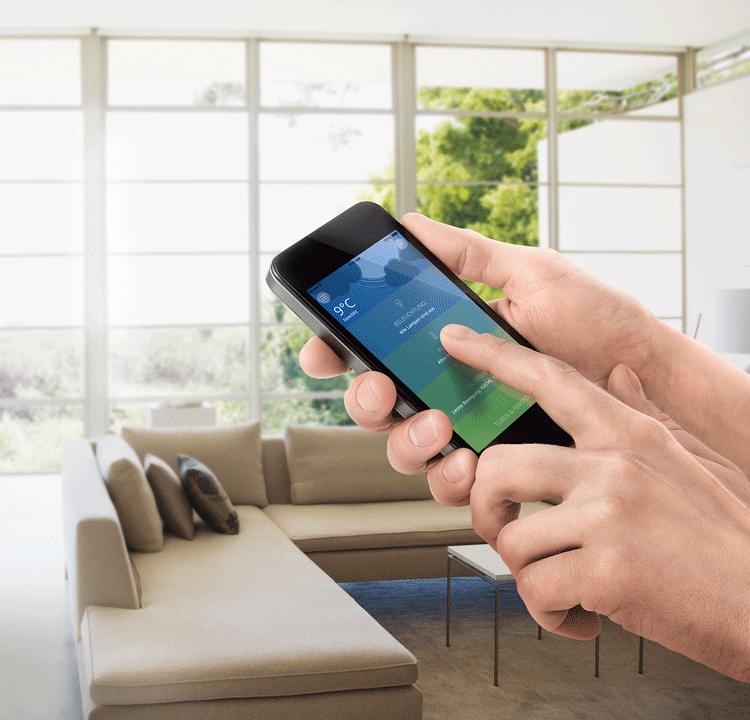Kinderleicht: Die neue innogy SmartHome App - Nur eine App - für alle Aktionen! Leicht zu installieren, bequem einzurichten und intuitiv zu steuern. Mobilfähig für alle Endgeräte. Inklusive vordefinierter Szenarien, grafischer Auswertungen und vieler Vorteile mehr.