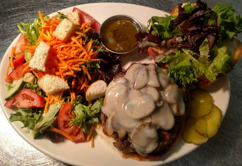 Mushroom Swiss Burger, hot dogs, hamburgers, cheeseburgers, bacon cheeseburger, bar food, beer and wings, california burger, local favorites, best food in shoreview, shoreview bar and restaurant, family friendly restaurant