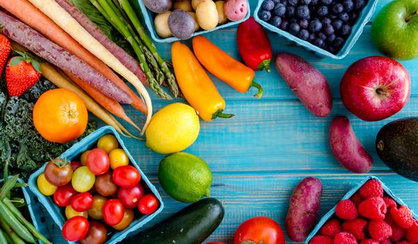 The Dirty Dozen: 12 groentes met mega veel pesticiden - Sommige groentes zitten zo vol met giffen dat je die beter laat staan. Hier even een lijstje. Zorg goed voor jezelf!
