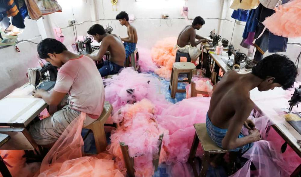 Werkt de sustainable apparel coalition? - Grote spelers in de kledingindustrie die gaan voor meer duurzaamheid. Een mooi initiatief. Maar na vier jaar praten is er weinig voortgang ...