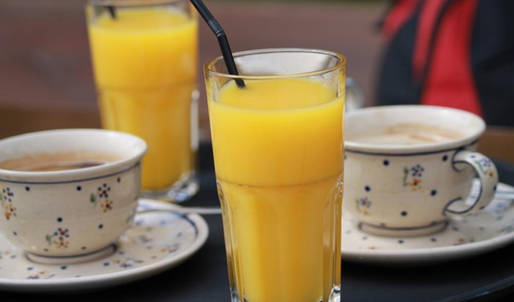 Koffie, thee en sappen -