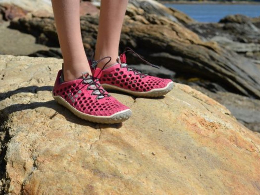 http_%2F%2Ftoesalad.com%2Fmedia%2Fimages%2Freview%2Fvivobarefoot-ultra-women-rock-featured.jpg