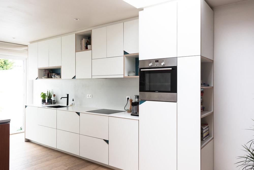 Keuken Onder Trap : Diy kast onder je trap eigen huis en tuin