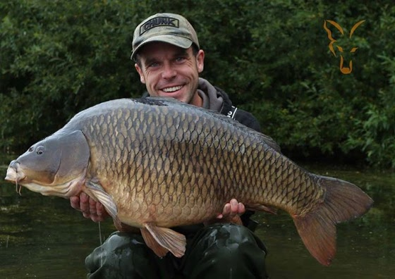 lee-mozza-morris-with-a-recent-30lb-common-from-the.jpg